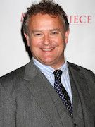 Photo of Hugh Bonneville
