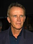 Photo of Peter Weller
