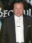 Photo of Ray Winstone
