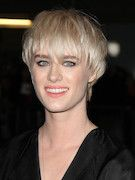 Photo of Mackenzie Davis