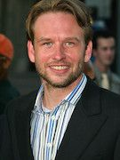 Photo of Dallas Roberts