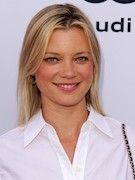 Photo of Amy Smart