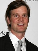 Photo of Peter Krause