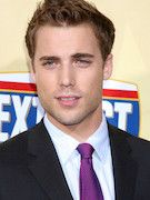 Photo of Dustin Milligan