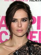 Photo of Zoey Deutch