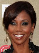 Photo of Holly Robinson Peete