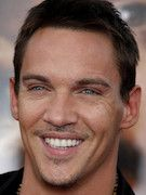 Photo of Jonathan Rhys-Meyers