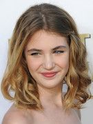 Photo of Sophie Nelisse