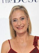 Photo of Caroline Goodall