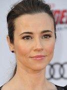 Photo of Linda Cardellini