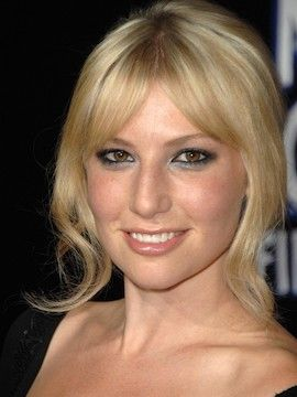 Photo of Ari Graynor