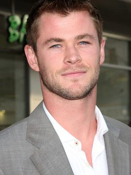 Photo of Chris Hemsworth