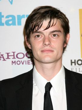 Photo of Sam Riley