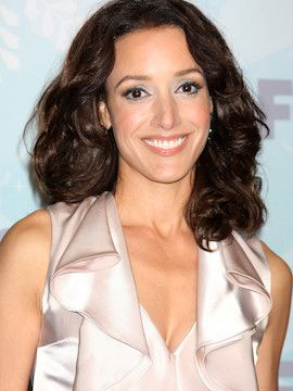 Photo of Jennifer Beals