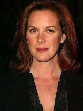 Photo of Elizabeth Perkins