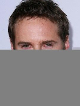 Photo of Alessandro Nivola